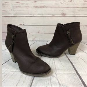 MIA sz 10 Women Ankle Boots Booties Brown Heeled